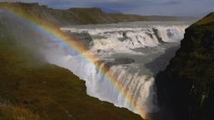 Sense8_Wasserfall